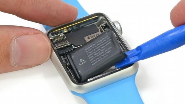 Apple Watch'ı da Parçaladılar!