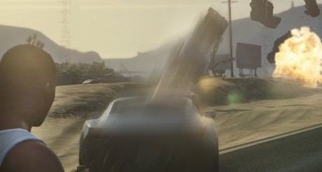 Grand Theft Auto V : Mermi Yerine Araba Atıyor!