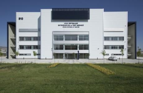 Türkiye İlk Uydu Merkezi 'UMET'i Açıyor.