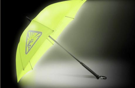 Karanlık Gecelerde Yolunuzu Aydınlatacak Işıklı Şemsiye