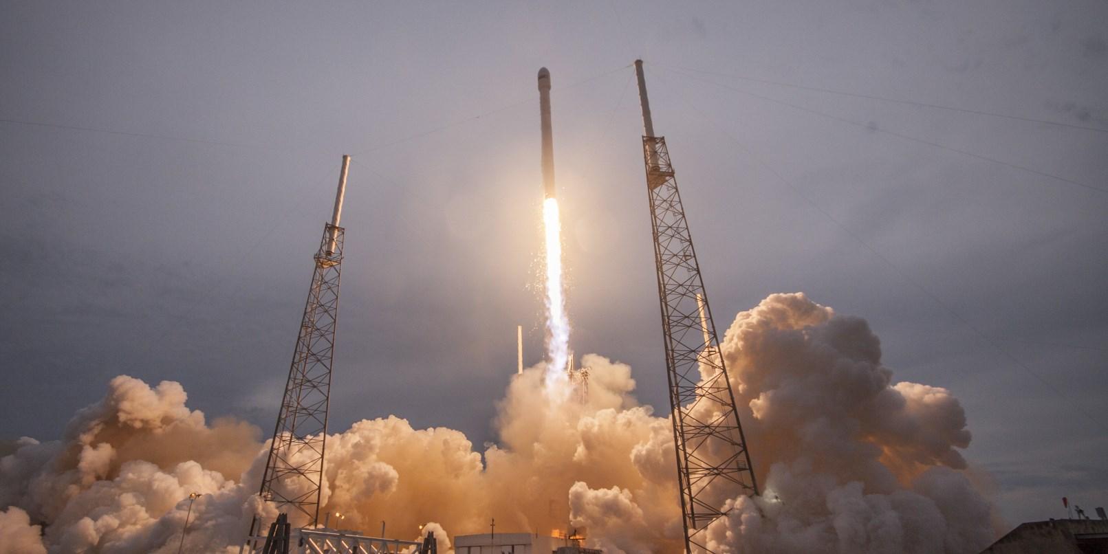 SpaceX Uydudan Süper Hızlı internet Geliyor!