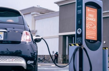 Volta 'dan Elektrikli Araçları Ücretsiz Şarj Edecek Çözüm !