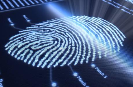 Bağımsız Parmak izi Tarayıcı Hacker'lara Engel Olabilecek Mi?