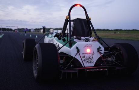 Elektrikli Araba Dünya Rekoru : 0-100km/h sadece 1,779s