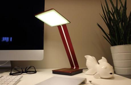 Süper ince OLED Kablosuz Şarjlı Masaüstü Lambası