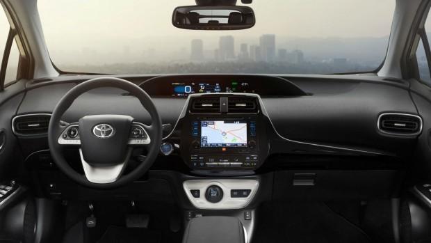 Toyota-Prius-interior