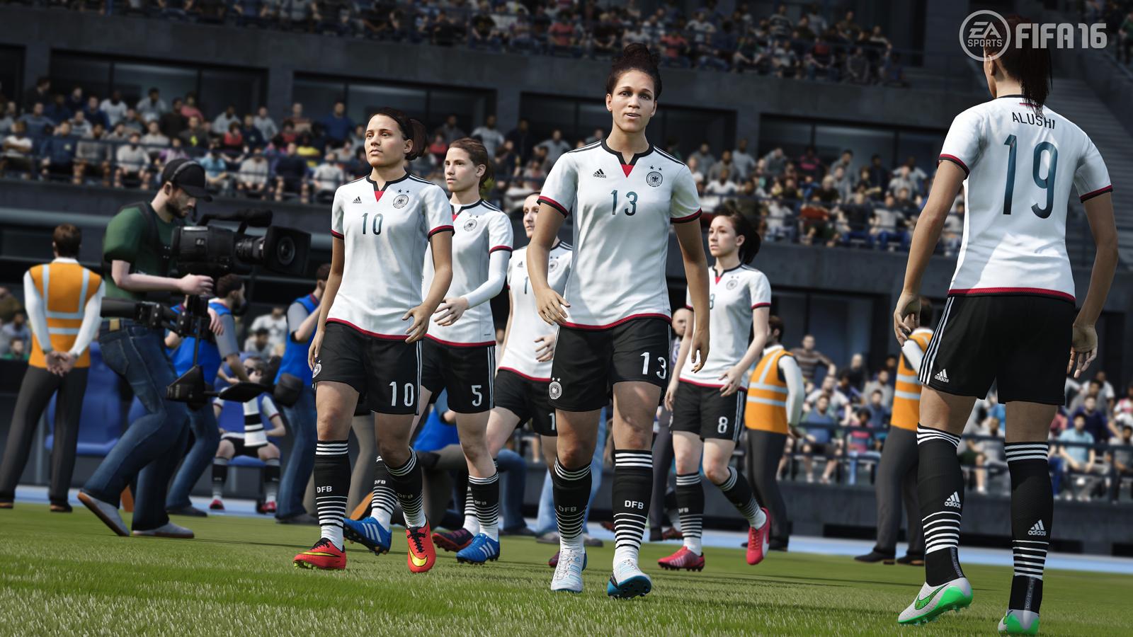 Fifa 16'dan 13 Bayan Futbolcu Çıkarıldı! Bakın Neden?