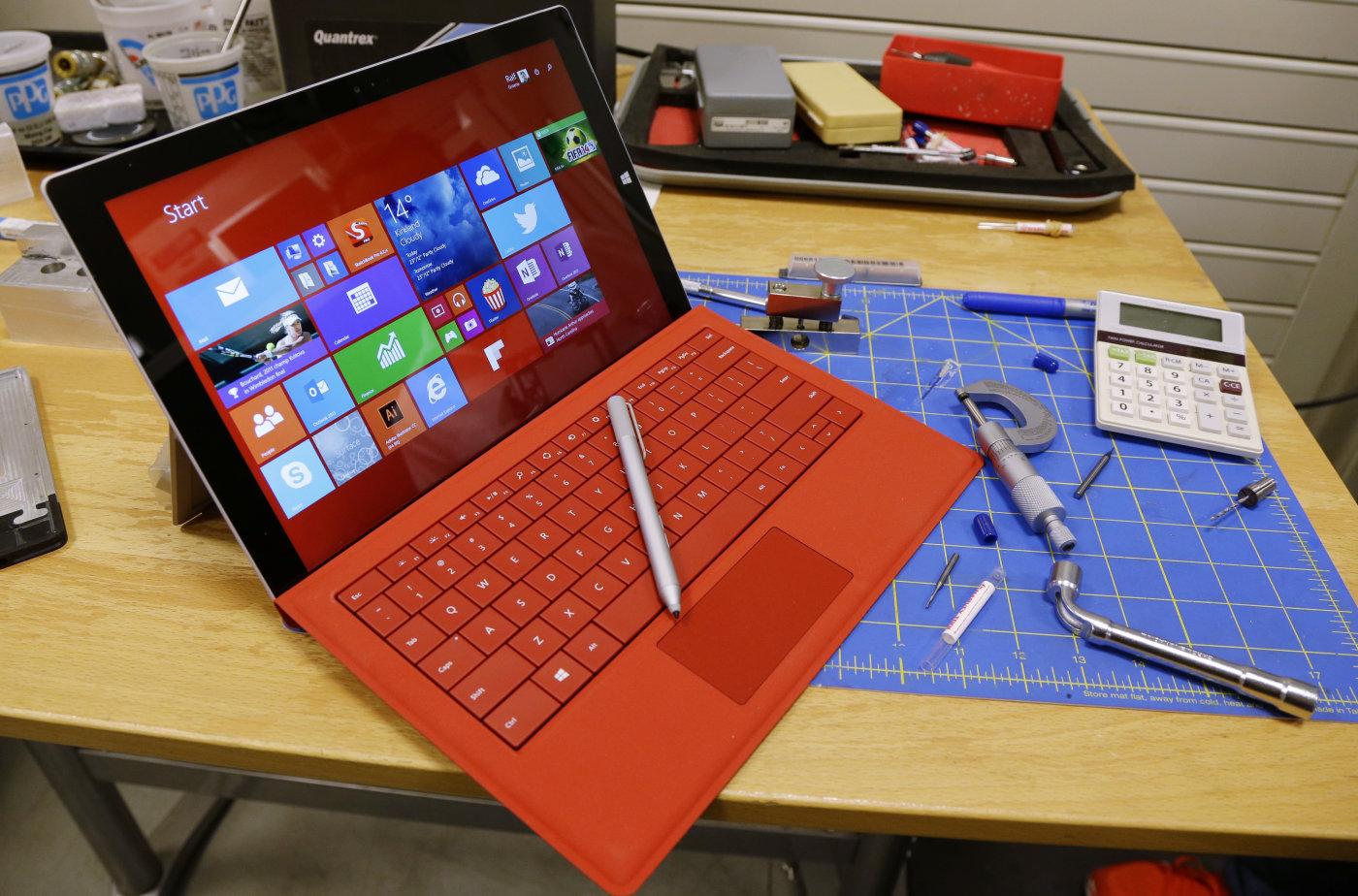 Microsoft Yangın Riskine Karşı Surface Pro Güç Kablolarını Değiştiriyor