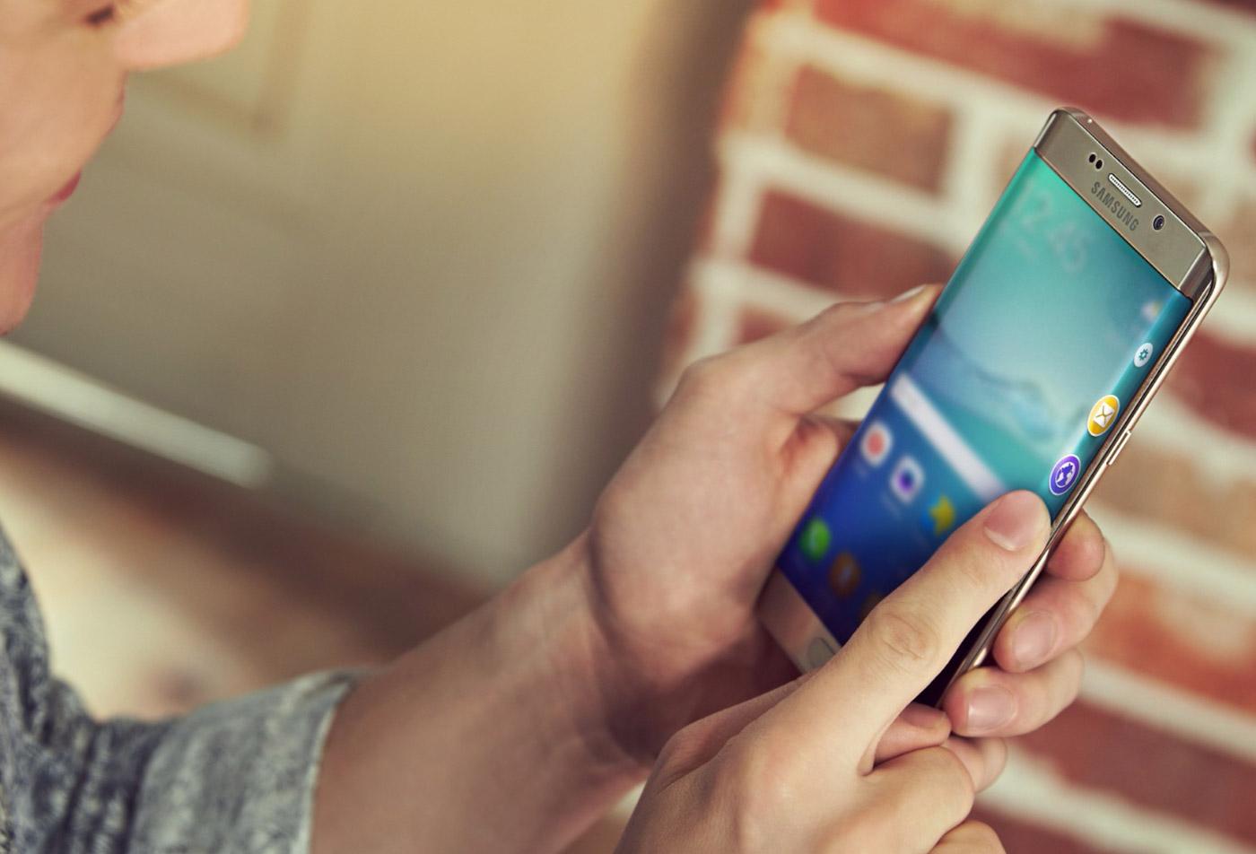 Rekor: 2015 Yılında Ne Kadar Akıllı Telefon Satıldı