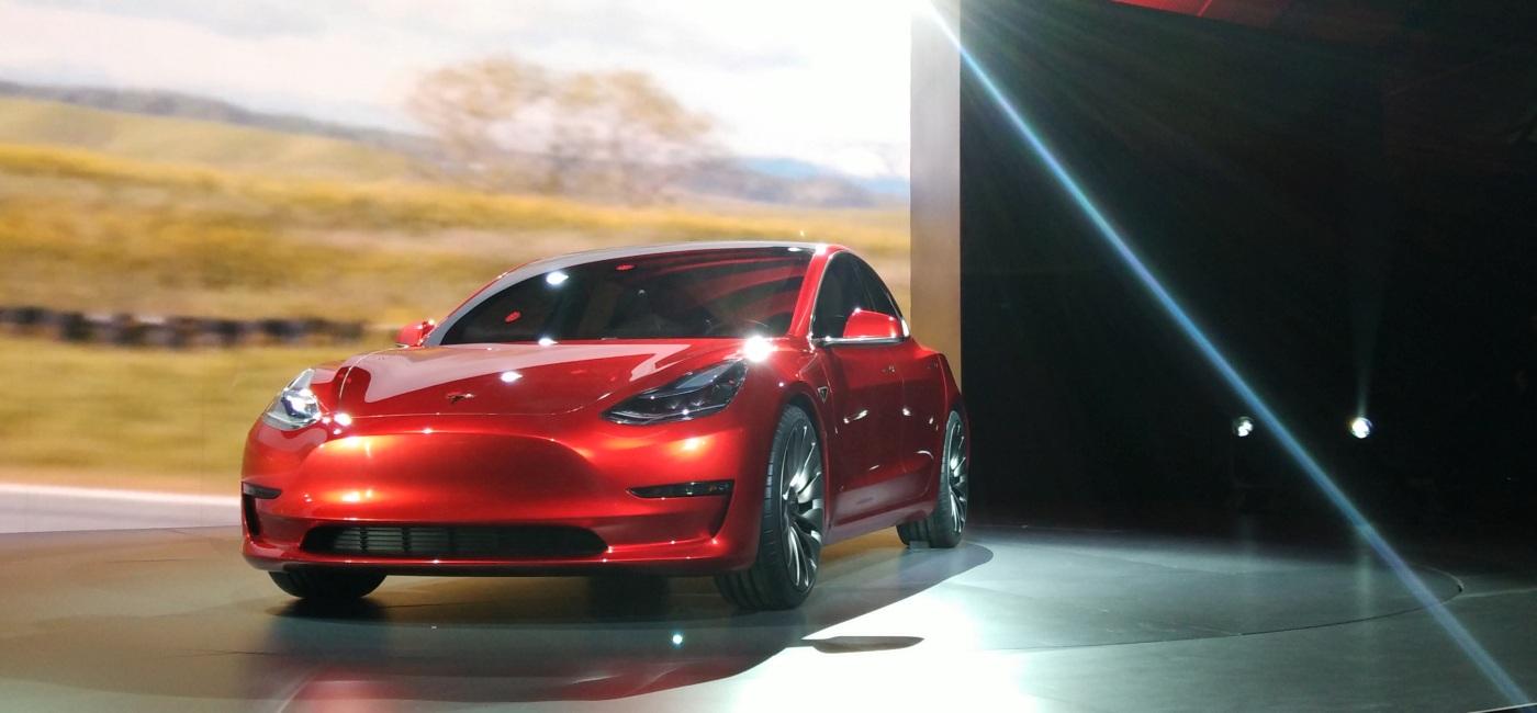 Tesla Model 3 Sedan için Avrupa'dan Yeşil Işık Geldi