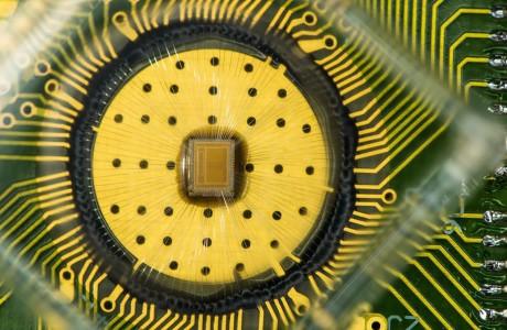 IBM Optik Bellek Flash Bellekten 50 Kat Daha Hızlı