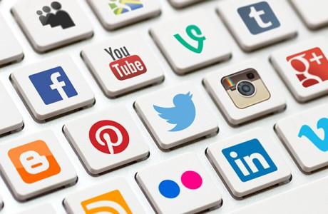 Facebook, Twitter ve YouTube'a erişilemiyor!