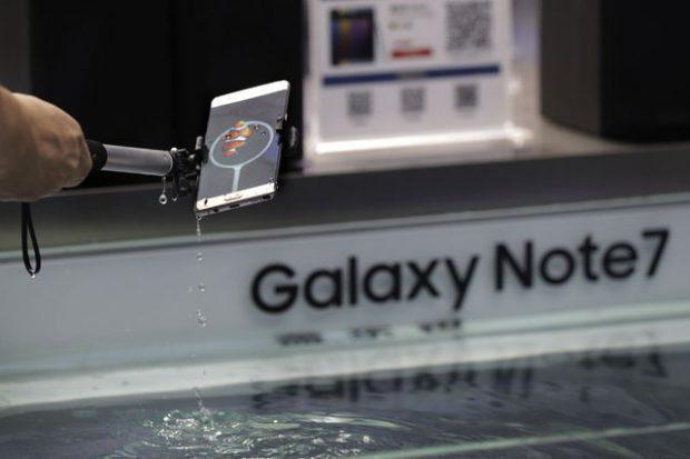 Galaxy Note 7 Telefonları Kapalı Tutun Uyarısı