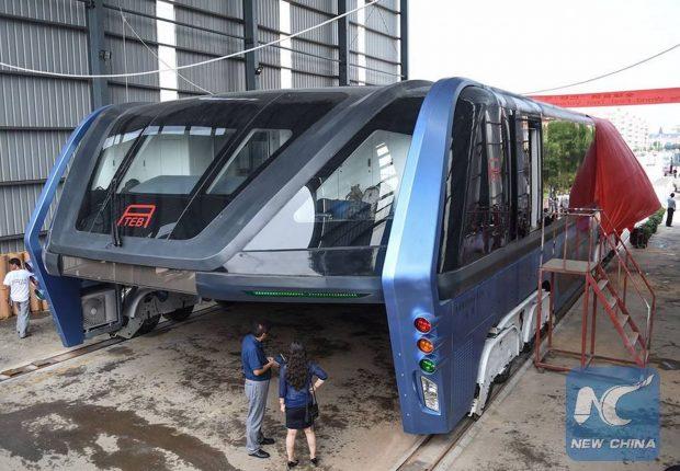 transit-elevated-bus-china-straddling-bus-1