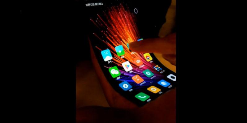Xiaomi Bükülebilen Dokunmatik Ekran Üretti