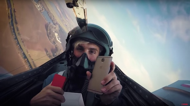 Savaş Uçağında OnePlus 3T Kutu Açılışı, Kaçırmayın!