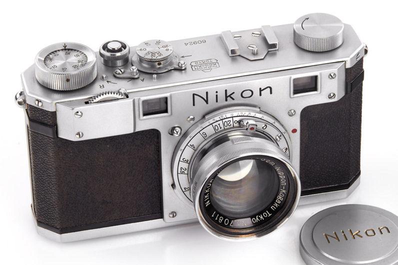 Antika Nikon One Kamera 400 Bin Dolara Satıldı