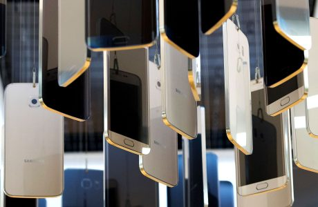 Samsung, Çerçevesiz OLED Galaxy S8 Hazırlığında!