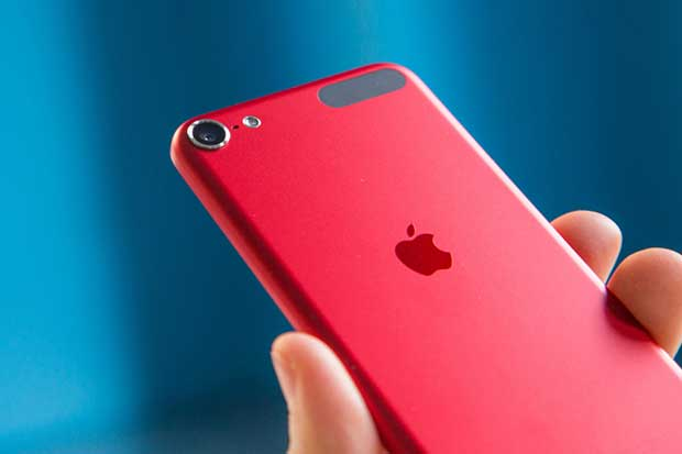 Apple'ın Mart Sürprizi, Parlak Kırmızı iPhone 7 & iPhone 7 Plus Geliyor!