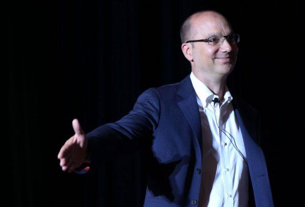 Andy Rubin Özür Diledi