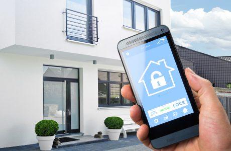 Çelik Kapılar Akıllınıyor, Cep Telefonları Anahtar Oluyor!