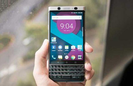 BlackBerry, Söz Verdiği Fiziksel QWERTY Klavyeyi Geri Getiriyor.
