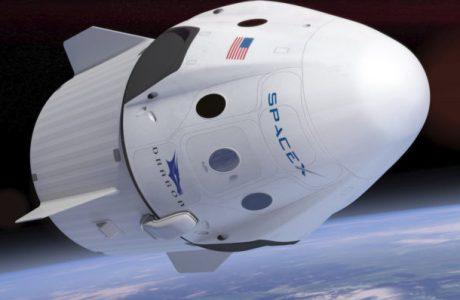 Aya Yolculuk Başlıyor! SpaceX 2018'de iki Uzay Turistini Aya Uçuruyor!