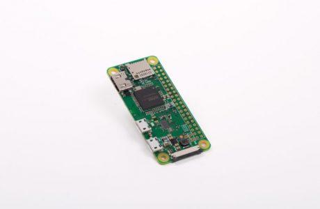 Yeni Raspberry Pi Zero W Mini Bilgisayar 10 Dolara Wi-Fi ve Bluetooth Sunuyor