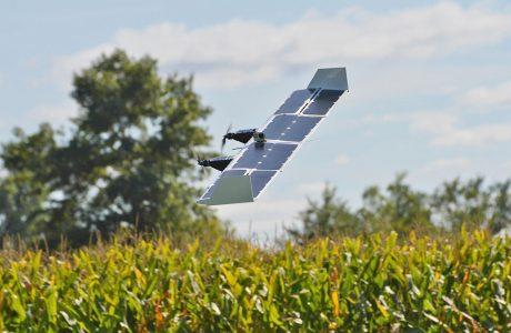 Güneş Enerjili Drone Helikopter'den Uçak Moduna Geçiyor