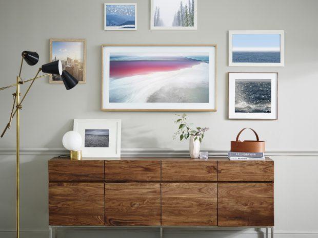 Samsung Frame TV, Duvarınızdaki Sanat Eseri Paris'te Tanıtıldı