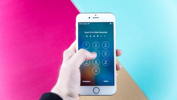 Kilit Ekranı Neden Gerekli? Akıllı Telefonunuza Kilit Ekranı Koyun! Yüzde 28 Gibi Olmayın!