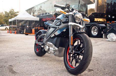 Jet Motoru Sesli Elektrikli Harley Davidson 5 Yıl içinde Geliyor