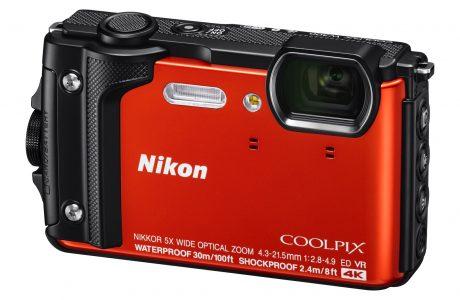Nikon Coolpix W300, Darbeye Dayanıklı, Su ve Toz Geçirmez