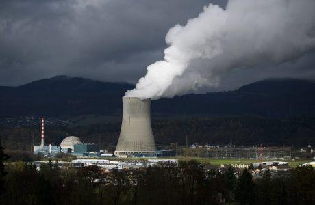 İsviçre Nükleer Enerjiye Son Vermeyi Oyladı, Kazanan DOĞA oldu!
