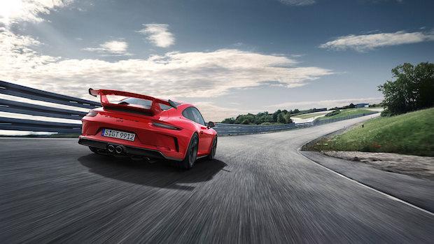 Yeni Porsche 911 GT3, 500 Beygirle Sıfırdan Yüze Sadece 3.9 Saniye