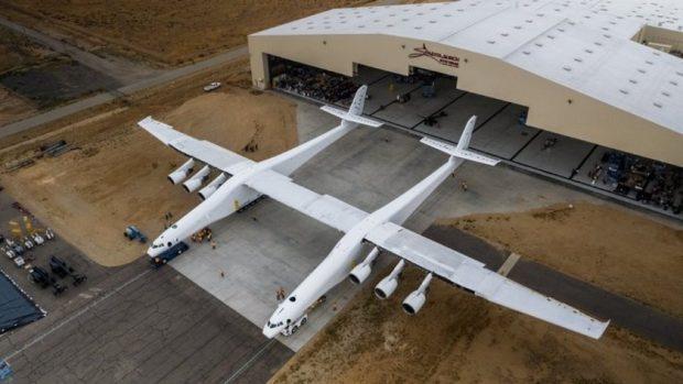 Uzay Araçlarını Taşıyacak Dünyanın En Büyük Uçağı