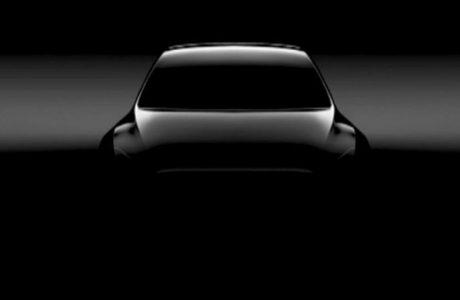 Yan Aynasız Tesla Model Y Kompakt SUV'un ilk Görüntüsü