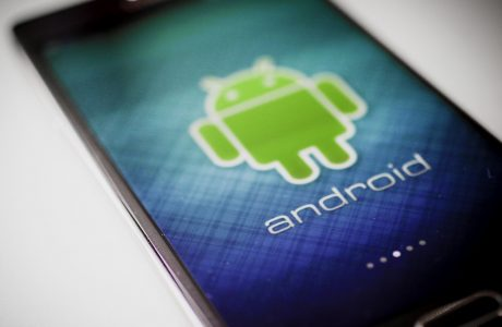reCAPTCHA Android API, Google Botlarla Olan Savaşını Android'e Taşıdı