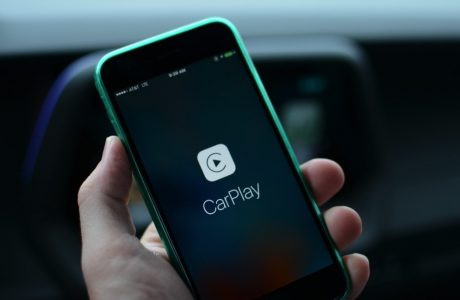 Apple CarPlay Google Music Play Desteğini Duyurdu