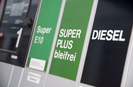 Karbonsuz Otomobiller: Sentetik yakıtlar, CO2'i Hammaddeye Dönüştürüyor