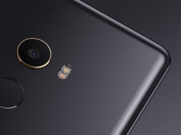Xiaomi Mi Mix 2 Seramik Gövdeli Çerçevesiz