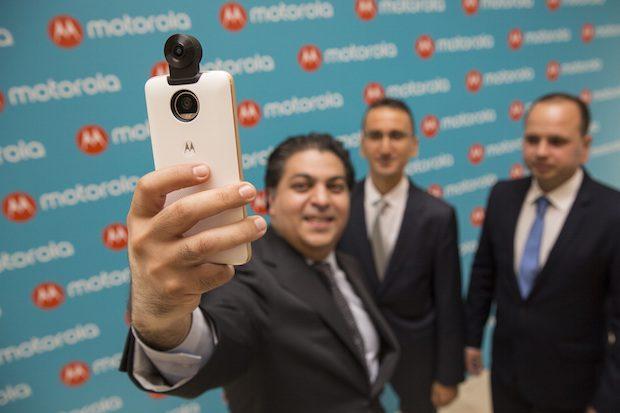 Moto Z2 Play ve Yeni Moto Modları Tanıtıldı, Moto 360 Kamera