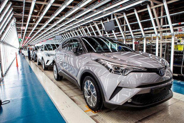 Toyota Türkiye'de 2 Milyonuncu Aracını Üretti