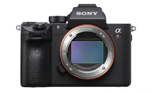 Sony A7R III, A9 Değil ama Şaşırtıcı Derecede YAKIN