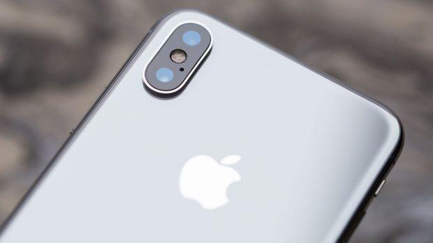 300 Bin Dolar Değerinde 300'den Fazla iPhone X UPS Aracından Çalındı