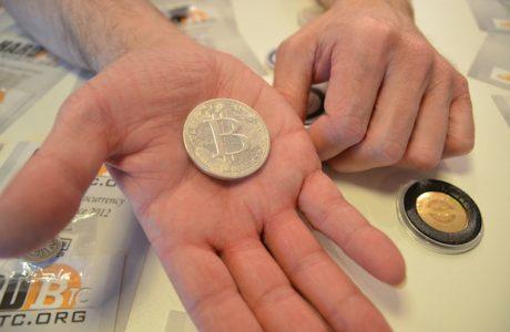 Bitcoin Almak için Evini İpotek Etmeye Başladılar, Bitcoin Ya Hep Ya Hiç Dedirtiyor