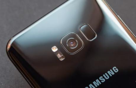 Samsung ve LG Eski Pilli Telefonları Yavaşlatıyor mu?