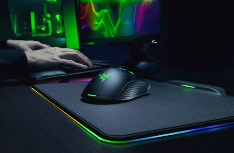 Razer Hyperflux Kablosuz Mouse Gücünü PAD'inden Alıyor