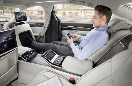 Yeni Audi A8'in Dokunmatik Kumandasını Gördünüz mü?
