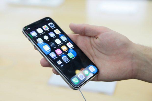 iPhone X Sahipleri Gelen Aramalara Cevap Vermekte Zorlanıyor